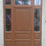 Tömör borovi fenyő bejárati ajtó, 88mm-es profilból, háromrétegű kézzel készített tiffany üveggel!