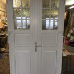 Borovi fenyő kétszárnyú fa bejárati ajtó egyedi méret, forma RAL fehérre felületkezelve!