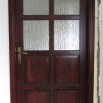 Borovi fenyő félig üveges belső ajtó.