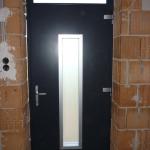 Exkluzív egyedi megjelenésű tömör borovi fenyő furnérozott fa bejárati ajtó! 055