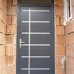 Exkluzív egyedi megjelenésű tömör borovi fenyő furnérozott fa bejárati ajtó! 054