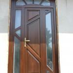 Egyedi elképzelés, kivállo minőség, borovi fenyő bejárati ajtó!