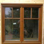 Fa ablak ragasztott duplex álosztással, 78mm-es profil vastagság, 3 rétegű üveggel, felületkezelve beépítve.