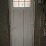 Borovi fenyő fa bejárati ajtók, Roto 5 pontos biztonsági zárral, fúrásbiztos zárbetéttel, 3db kulccsal, Hoppe kilinccsel.