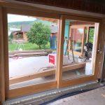 Lucc fenyőből készült fa ablakok, natúr lakkos ipari felületkezeléssel.